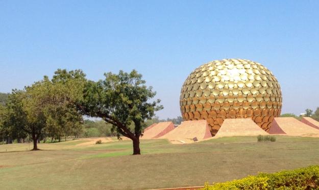 Auroville sì, Auroville no